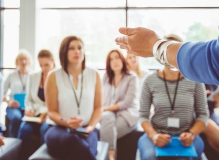 Réforme de la taxe d'apprentissage :  quel avenir pour les relations écoles-entreprises ?